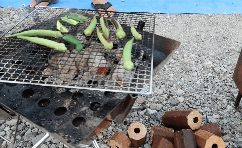 ファイヤグリルとオガ炭