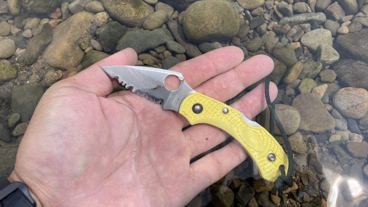 水に使ったナイフ